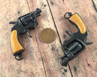 Vintage Revolver Snub Nose Pistol Pendant Charm Antique Working Snubby Handgun Detective Pistol Pendant Findings Jewelry Making Supplies