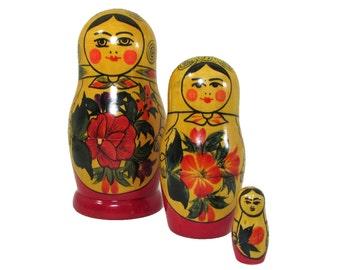 Babushka Russian Matryoshka Nesting or Stacking Dolls 3 pcs