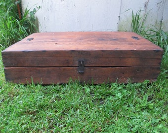 Primitive Wooden Tool Box/ Rustic wood box/ Rustic Wooden Coffee Table/Antique wood tool chest/Fir Wood Box/Primitive Coffee Table