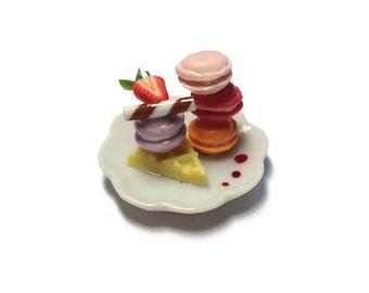 Miniature Sweet -Macaron plate Dessert Supply Dollshouse Miniature -AM165