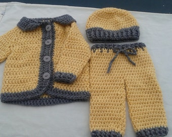 Crochet baby boy outfit, yellow & gray sweater, pants and hat, baby boy fall outfit, boys winter outfit, 3 pc set sweater pants, gold grey