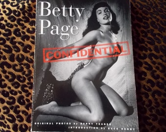 Betty Page Confidential 1994 Vintage Paperback Photo Book Bunny Yeager