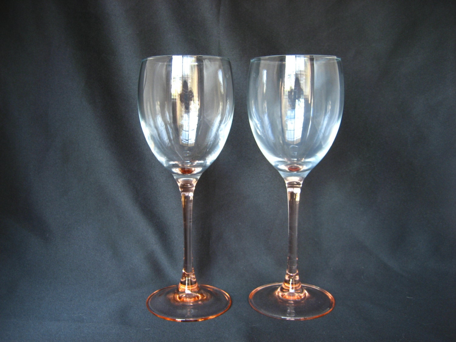 Vintage set of 2 pink stemmed france wine by bellebloomvintage - Wine glasses with thick stems ...