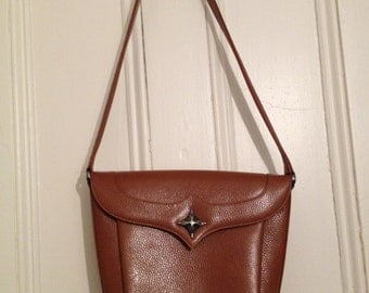 Unique Vintage Elizabeth Rand Pebbled Leather Purse