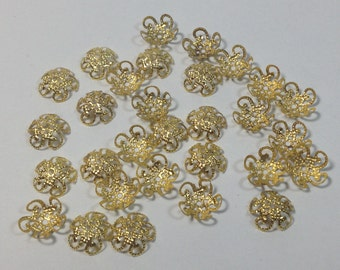 30 cover pearls gold in hypoallergenic metal. 10mm.