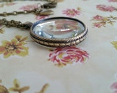 Antique Bronze Vintage Style Magnifying Glass Necklace