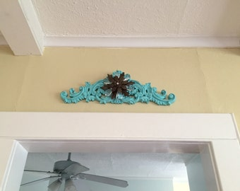 Large pediment with Metal Flower, robins egg blue, Sale