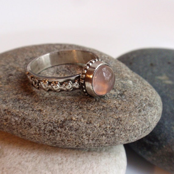 Rosy - sterling silver natural rose quartz ring