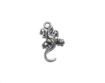 10 Silver Lizard Charms