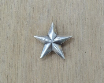 """Raised Star Concho 3/4"""" OR 1 1/8"""" Old Silver Western"""