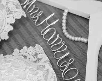 Wedding Coat Hanger includes Pearl Arch Beautiful Handmade  – Perfect for Brides Bridesmaids Flowergirls any Wedding Party or Gift