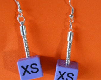 Retro Kitsch Pop Upcycled XS Size Cube Label Plastic Lilac Pastel Earrings