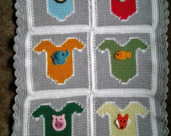 Baby Onesie Afghan with Animal Appliques / Baby Onesie Blanket / Baby Onesie Throw / Baby Onesie Lapghan with Animal Appliques