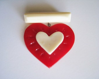 Sweetheart Bar and Heart Brooch - Red and White 1940's 1950's Style Bakelite Resin