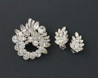 Vintage Eisenberg Brooch and Earrings Demi Parure   1945-  1958