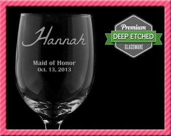 Personalized Wine Glasses, Bridal Party Gifts, Bridemaids Gifts - Personalized Signature
