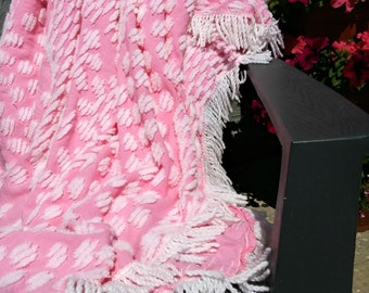 Vintage Chenille Bedspread | Shabby Chic Bedding | Cotton Blanket | Pink and White | Fluffy Coverlet | French Country