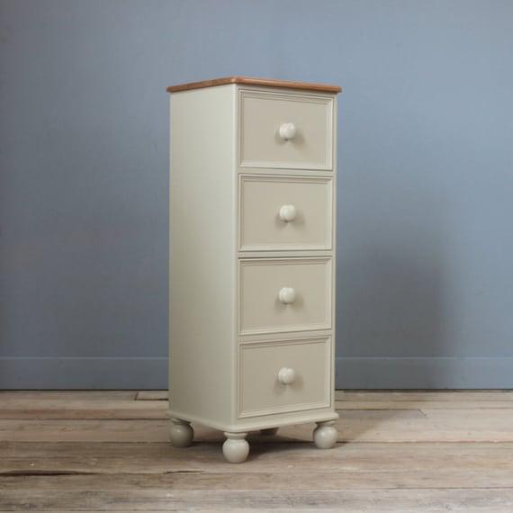 deep wellington chest of 4 drawers. Black Bedroom Furniture Sets. Home Design Ideas