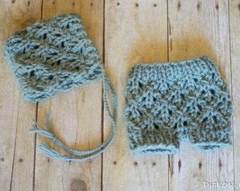 Newborn Lace Bonnet and Short Set, Newborn Photo Prop Set, Newborn Photography Bonnet and Shorts, Seafoam Blue, Ready to Ship