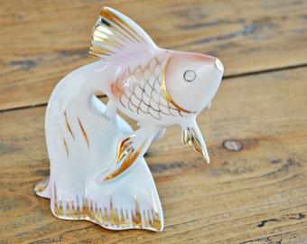 Vintage porcelain fish figurine -  Hollohazi Porcelain Hungary - Hollohaza Porcelain Handpainted