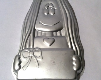 Vintage 1980s Cathy Cartoon Cake Pan by Wilton/Cathy Guisewite