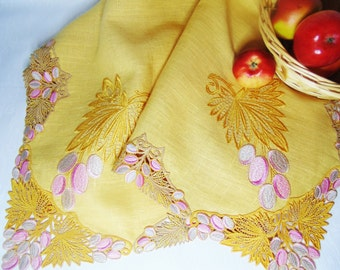 Embroidered tablecloth Yellow linen tablecloth with embroidered edges Tablecloth with grapes Tablecloth with lace