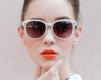 Two tone round wayfarer style sunglasses in ash gray and black