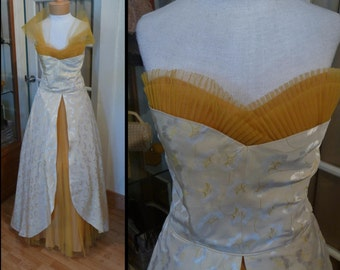 Gorgeous Vintage 1950s Gold Brocade and Tulle Ball Gown Long Dress Tulle Shawl Party Prom Old Hollywood Glamour LARGER SIZE Wedding Prom