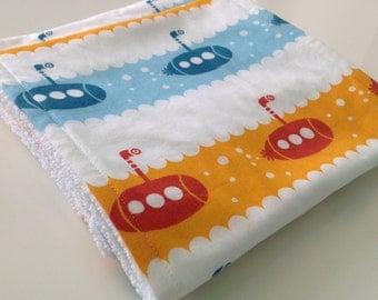 Burp cloths - Submarine burp cloths - Nautical burp cloths - Organic burp cloths - Set of 2 burp cloths - Modern baby burp cloths