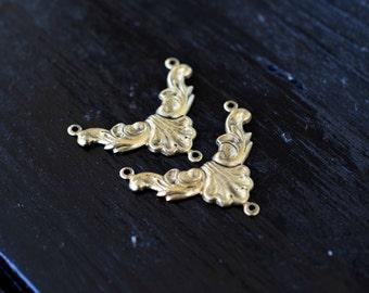 Antiqued Gold Necklace Connector Pendants, 2pcs