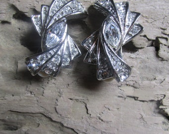 Rhinestone Sparkling Vintage Clip on Earrings Bold and Bright