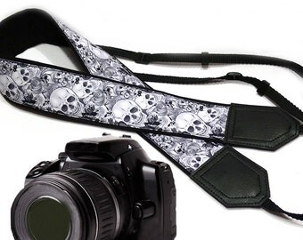 Black and white Halloween camera strap. Sugar skulls camera strap. DSLR / SLR Camera Strap. Camera accessories by InTePro