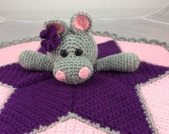 Free Crochet Patterns For Baby Loafers : Ladybug Lovey Security Blanket Crochet Pattern lovey