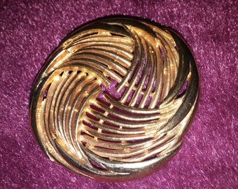 Lovely Large Round Gold Tone Swirl Brooch