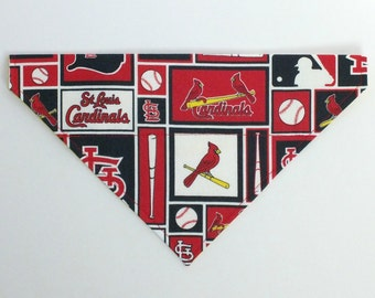 St Louis Cardinals Dog Bandana, Dog Scarf, no tie bandana, slip on bandana, pet bandana, doggy scarf , scarf for dogs