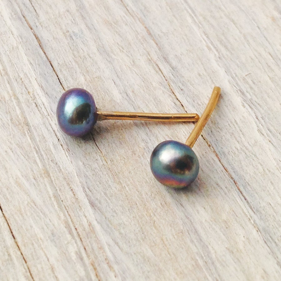 tiny pearl stud earrings everyday small pearl stud earrings