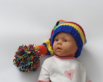 Newborn Photo Prop / Baby Elf Hat / Gnome Hat / POM POM / Pixie Hat / baby Elf Hat/ knit infant elf hat / great photography prop / Baby hat