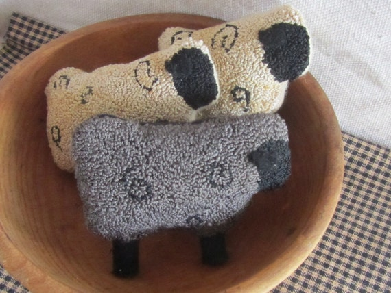 PATTERN ~ Black Sheep of the Family - primitive needle punch PDF pattern for Bowl Filler or Shelfie
