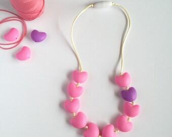 Little Girls Heart Necklace, Pink Toddler Necklace, Teething Necklace for Baby, heart Bead Necklace