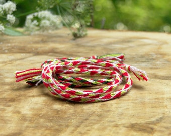 Friendship Bracelets Strawberry Trends. Set of 2 / Handmade Bracelet / Trendy Bracelets /Summer Trend / Great Gift / Perfect Gift / Kumihimo