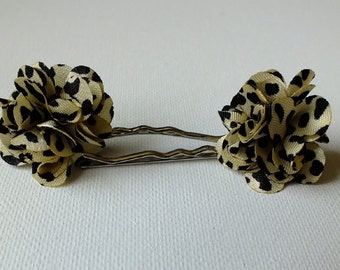 Cheetah print hair accessories, Child hair accessories, Kids hair accessories, Girls hair accessories, Bobby pins, Pom Pom bobby pins