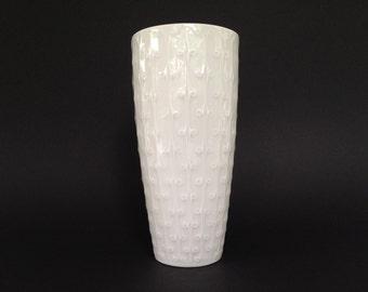 Alka - Kunst  /  Alboth & Kaiser Bavaria vintage 1950s  /  1960s Mid Century porselain  vase  West Germany.