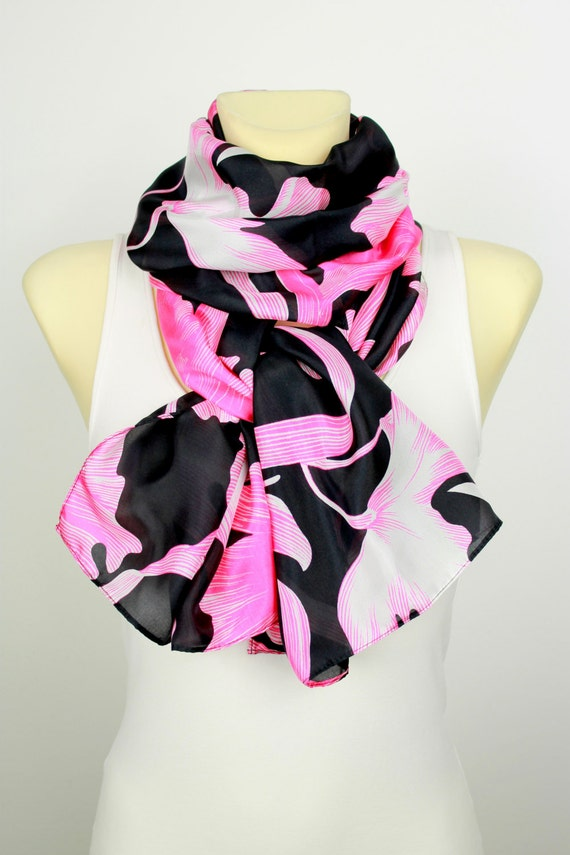 Pink and Black Floral Silk Scarf - Printed Infinity Silk Scarf - Unique Boho Scarf - Women Fashion Accessories - Gift Ideas for her - Autumn