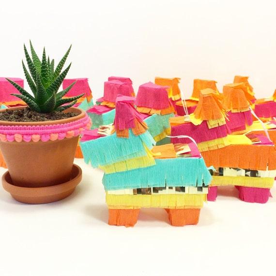 Mini pi atas for weddings cinco de mayo and fiesta by for Decoration pinata