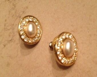 Vintage Trifari Earrings Gold Rhinestone Pearl Jewelry