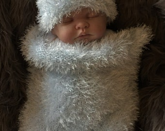 Hand Knitted Baby Chunky Cocoon Sleeping Bag Papoose & Hat Photo Photography Prop Newborn- 3m Boy Baby Bear Ice Blue UK SELLER