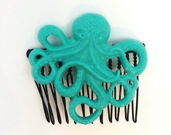 Octopus hair comb / ocean jewelry / octopus jewelry / teal blue hair accessories / resin jewelry / beach hair pins
