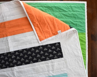 The Over/Under Quilt - Modern Stripe Quilt