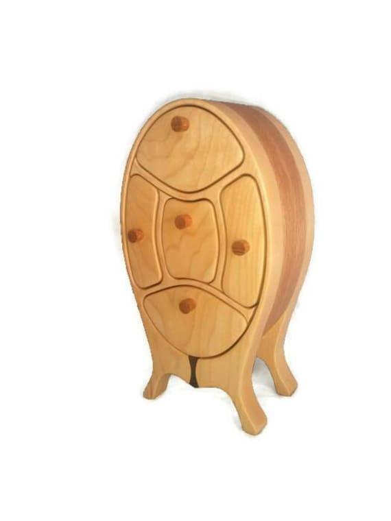 Handmade jewelry box / bandsaw box / home  decor / art deco / desk organizer / wood sculpture / made in canada / miniature furniture