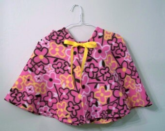 Pink Floral Hooded Fleece Cape size 5-6 years